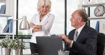 pensioen werkende oudere mensen